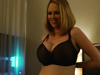 Katie Kox Go steady with..